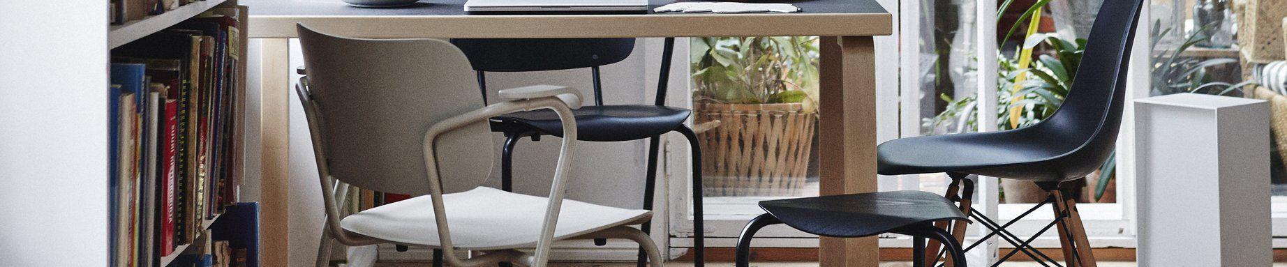 Artek stoelen