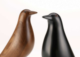 Vitra Eames House Bird collectors item walnoot