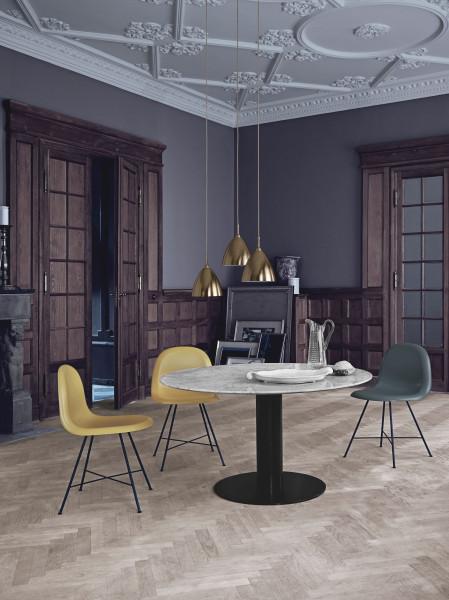 Gubi Gubi 3D Wood Sled stoel met chroom onderstel