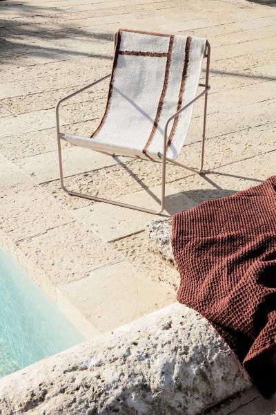 Ferm Living Desert fauteuil cashmere onderstel