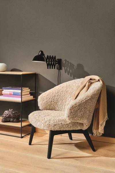 Fritz Hansen Let fauteuil special edition sheepskin