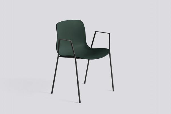 Hay About a Chair AAC18 stoel met zwart onderstel