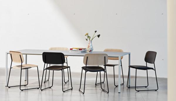 Hay Soft Edge 10 Sled gestoffeerde stoel