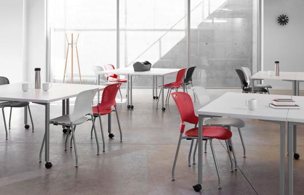 Herman Miller Caper stapelbare stoel
