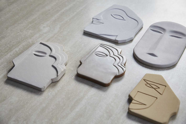 HKliving Face Wall ornament L wit