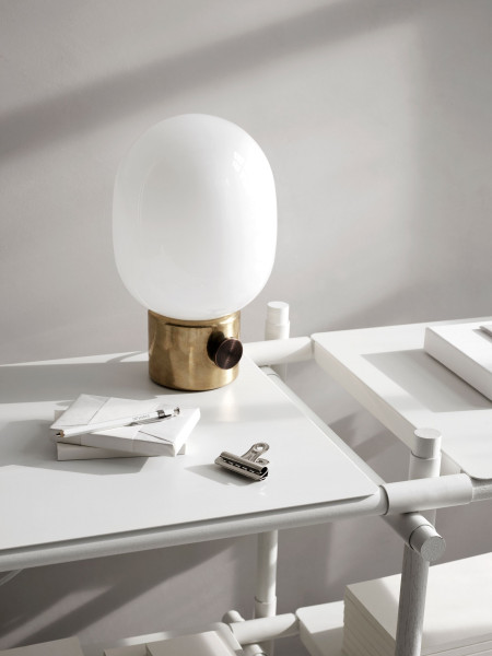 Menu JWDA metallic tafellamp