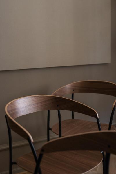 New Works Missing stoel met armleuningen