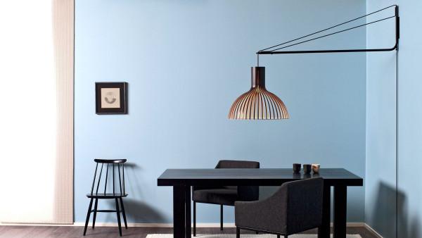 Secto Design Victo 4250 wandlamp met zwarte wandbeugel