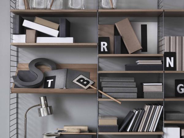 String Furniture Hoge kast large, grijs