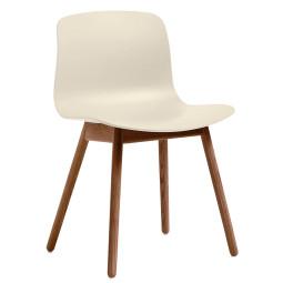 Hay About a Chair AAC12 ECO stoel met walnoot onderstel