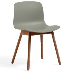 Hay About a Chair AAC12 stoel met walnoot onderstel
