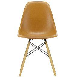 Vitra Eames DSW Fiberglass stoel geelachtig esdoorn