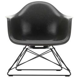 Vitra Eames LAR Fiberglass loungestoel zwart